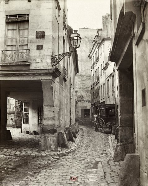 Marville : rue Chanoinesse