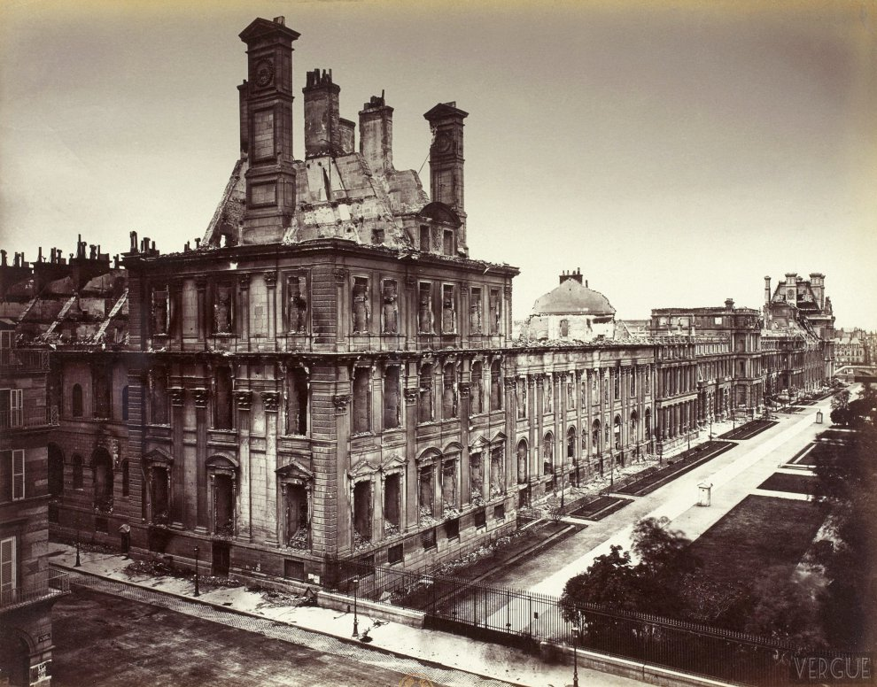 Palace of the tuileries shortly before its at il a des for Paris tuileries